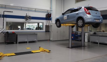 FOUR WAYS CAR HOISTS OFFER YOU IMPROVED EFFICIENCY (AND PROFITS!)