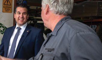 MINISTER CHAMPIONS THE CAUSE FOR INDEPENDENT MECHANICS